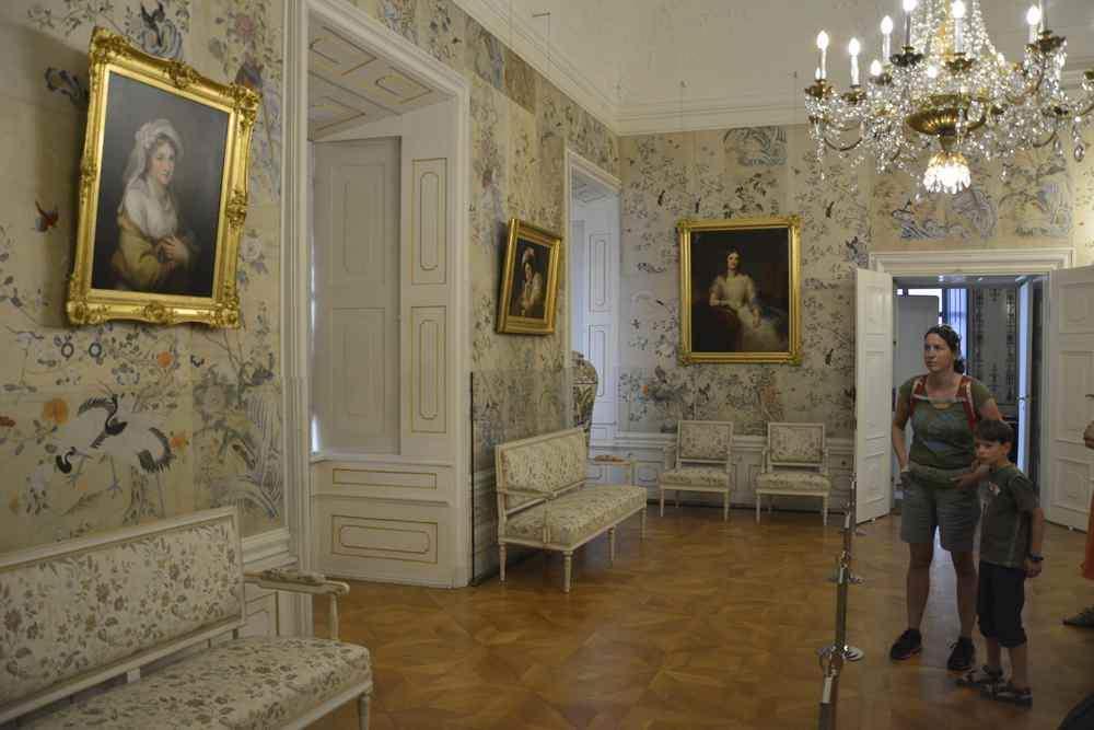 Österreich Rundreise Burgenland. Eindrucksvolles Schloss Esterhazy!