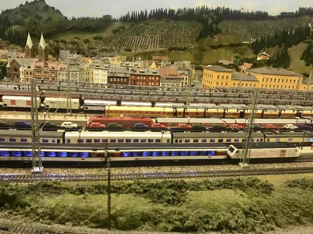 Züge, Züge, Züge - die Miniaturwelt in Oberstaufen ist das Ausflugsziel bei Regenwetter im Allgäu