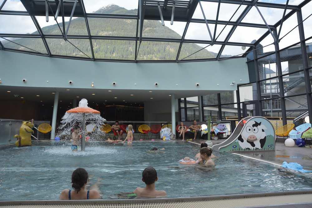 Aqua Dome Ötztal - Entspannung für die ganze Familie im Wasser mit Bergblick