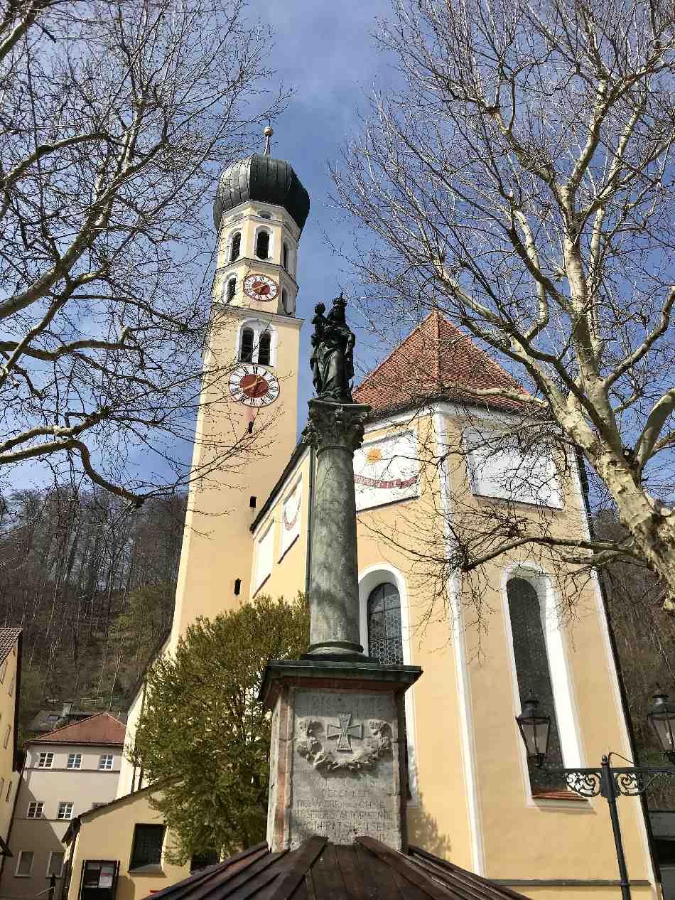 Die Wolfratshausen Sehenswürdigkeiten - von der Alstadt, dem Märchenpark bis an die Isar und den Bibisee