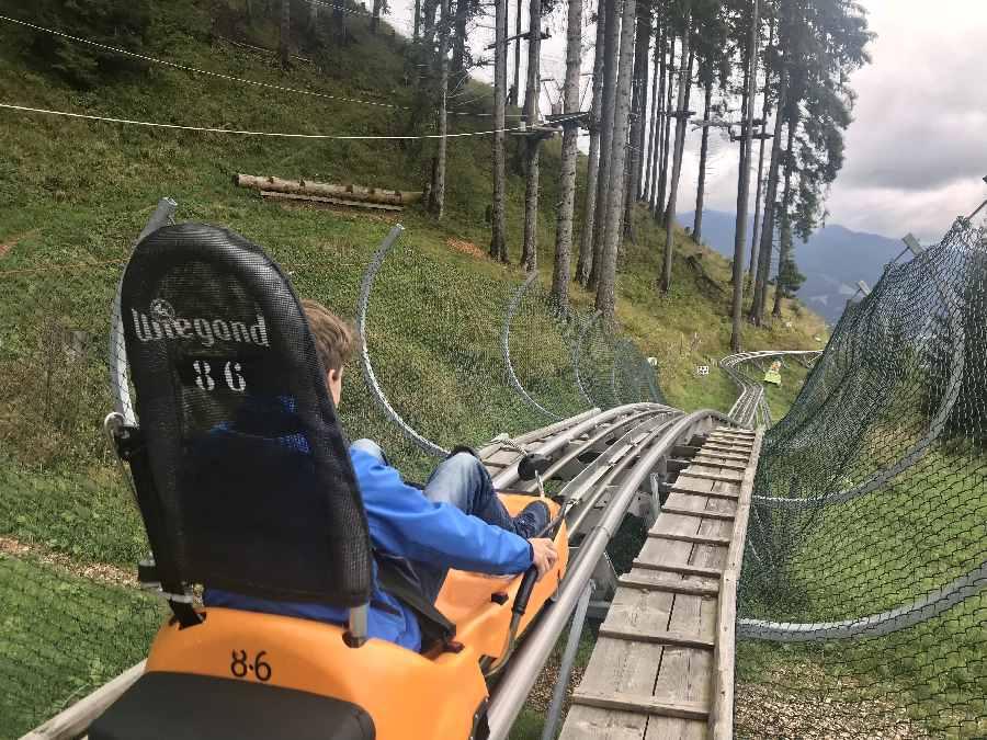 Der Start der tollen Kolbensattel Sommerrodelbahn in Bayern