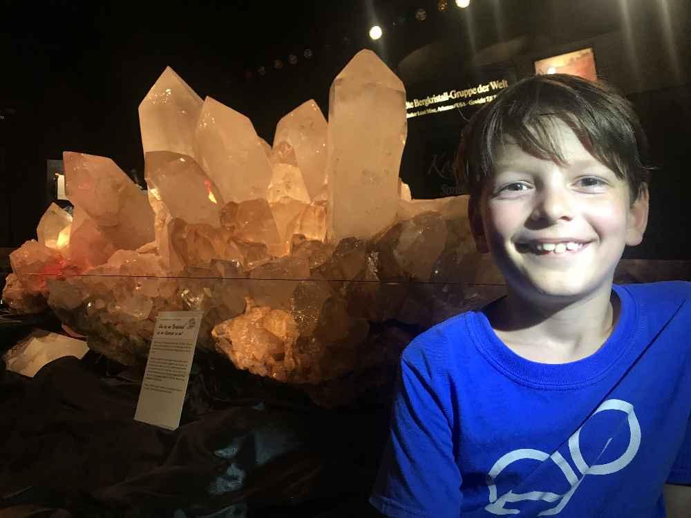Das ist der größte Bergkristall der Welt - zu sehen im Kristallmuseum in Riedenburg