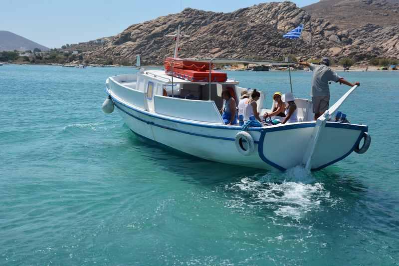 Ausflug mit dem Boot zu geheimen Stränden, das waren tolle Ausflüge mit den Kindern in Griechenland