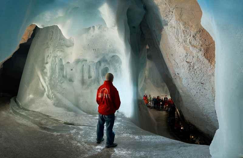Ausflugsziele Salzburg mit Kindern - in die Eisriesenwelt bei Werfen