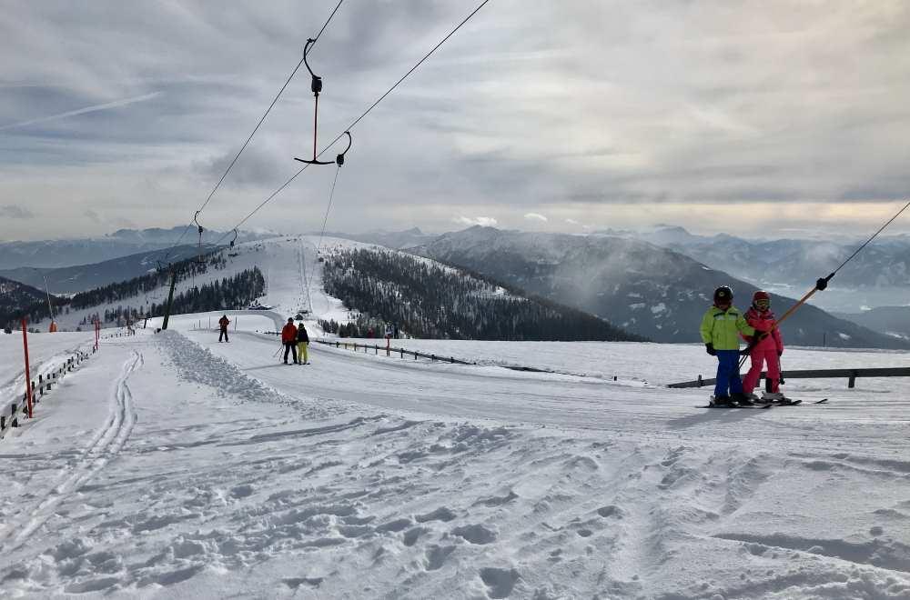 Bad Kleinkirchheim Skigebiet: Das ist der Schlepplift Richtung Brunnach mit der tollen Aussicht über Kärnten