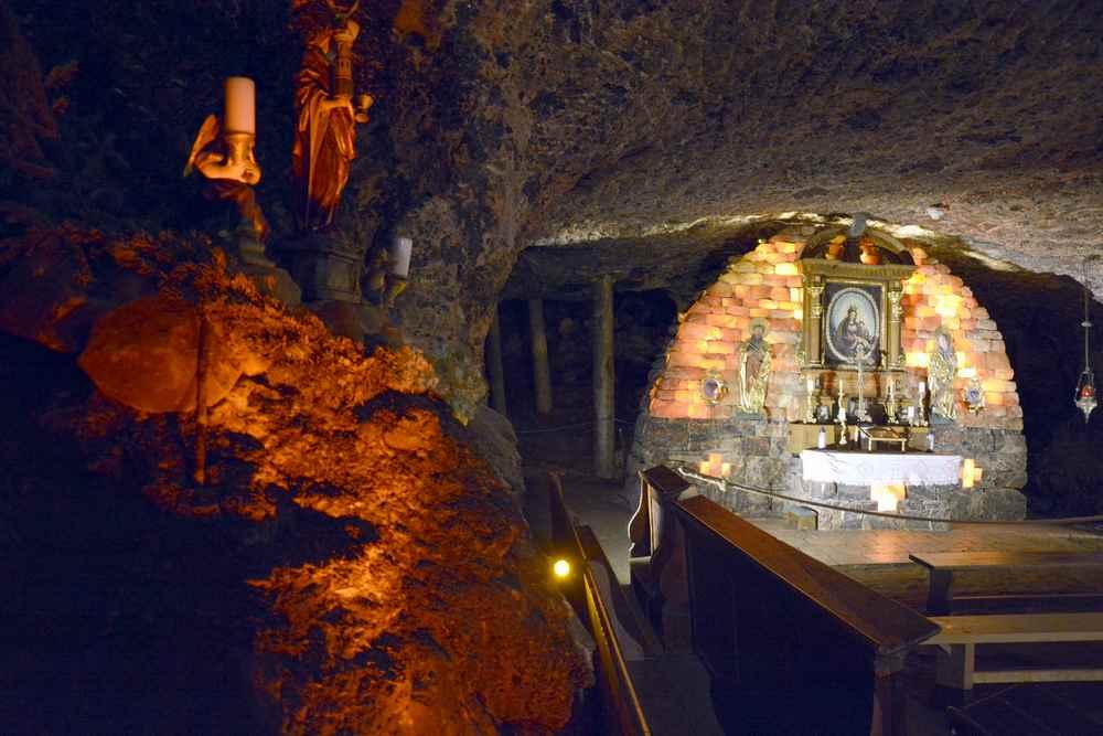 Salzbergerk Altaussee: Wir kommen auch in die gut gemachte Barbarakapelle im Stollen
