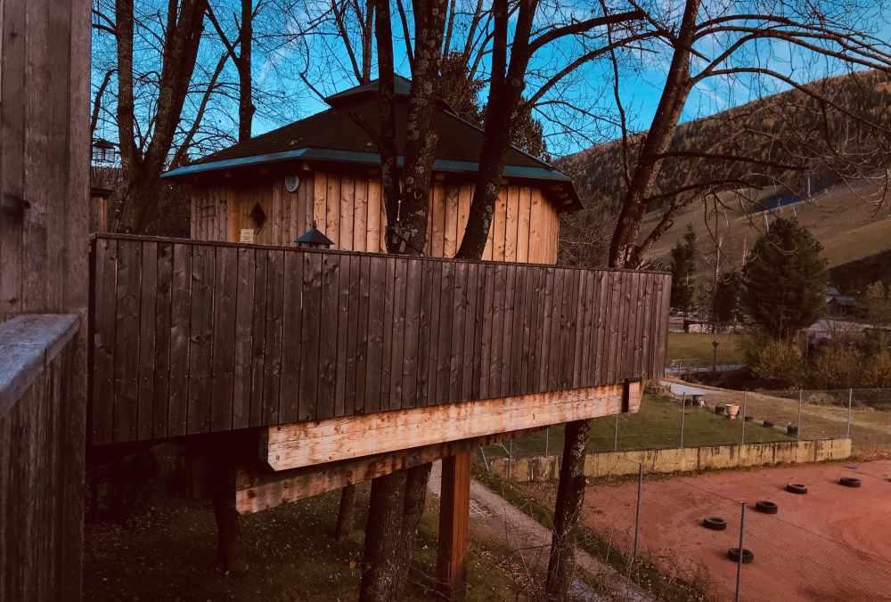 Einzigartig: Familienhotel Bad Kleinkirchheim mit Baumhaussauna