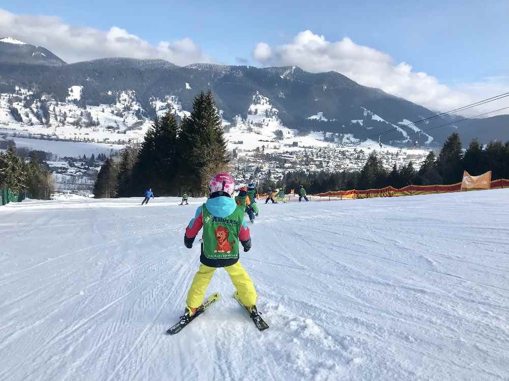 Familienskigebiet Bayern: Flache Pisten am Kolbensattel in Oberammergau