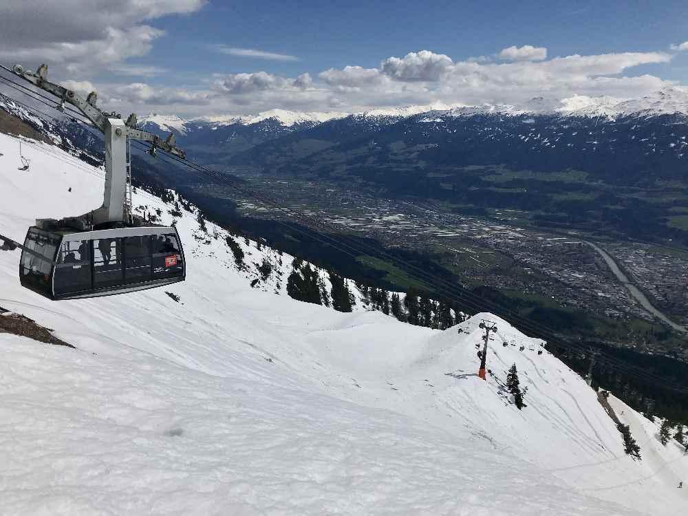 Mit der Nordkette Bergbahn Innsbruck in den Schnee