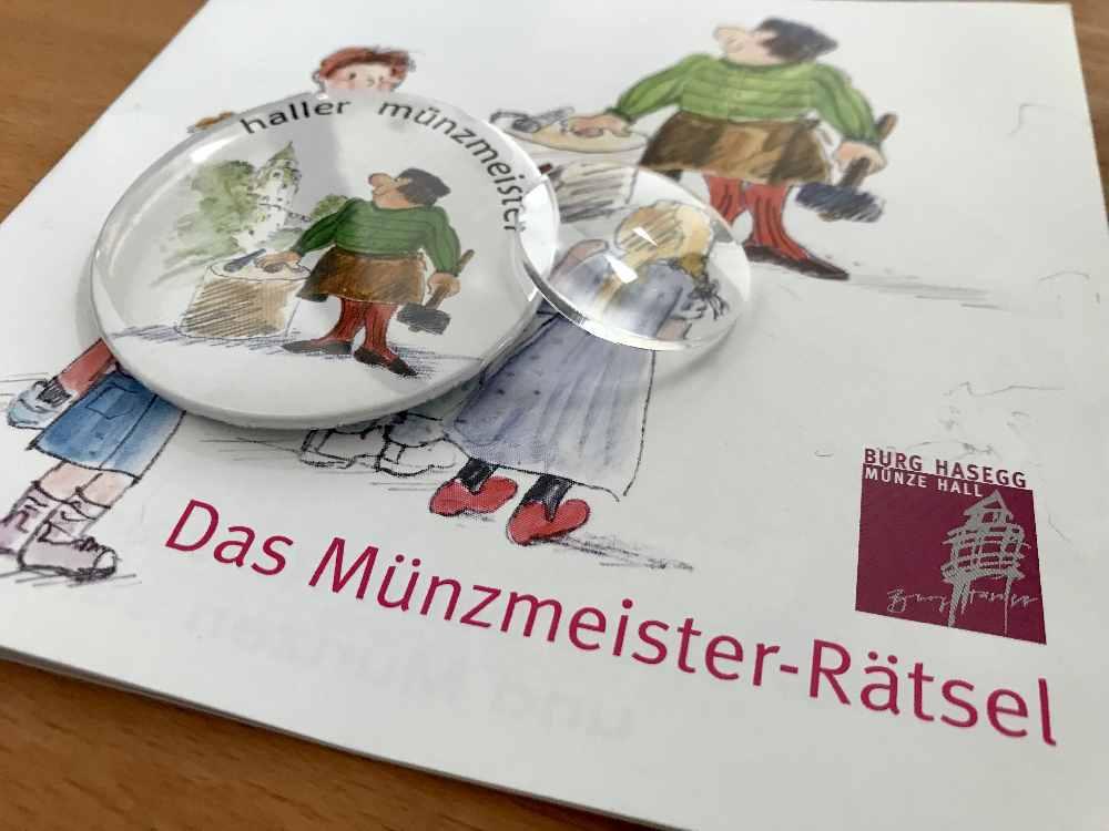Für Kinder gibt es eine Museumsrallye mit Rätselheft und Lupe - am Ende winkt die Auszeichnung zum Haller Münzmeister