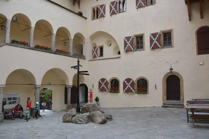 Ausflugsziele Salzburg mit Kindern - besuch eine der Burgen