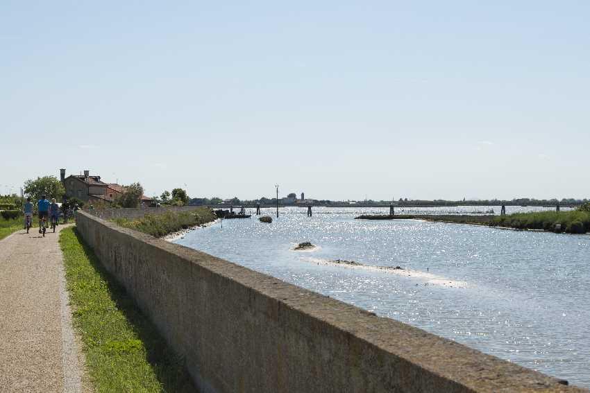 Mit dem Fahrrad am Wasser zu den Cavallino Treporti Sehenswürdigkeiten
