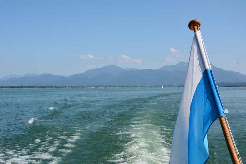 Chiemsee Ausflug: Mit der Familie eine Schiffahrt auf dem bayerischen Meer