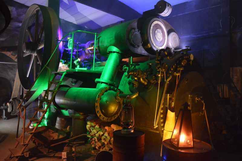 Die größte Dampfmaschine Bayerns steht im Bayerischen Wald, der Erlebnispark Flederwisch ist spannend für kleine Erfinder