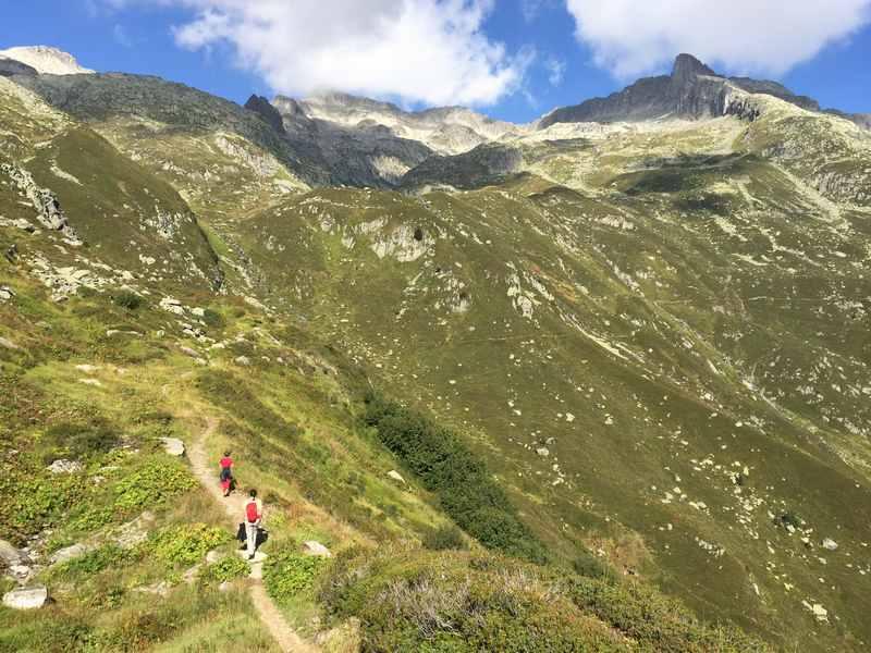 In Disentis wandern mit Kindern, Schweiz