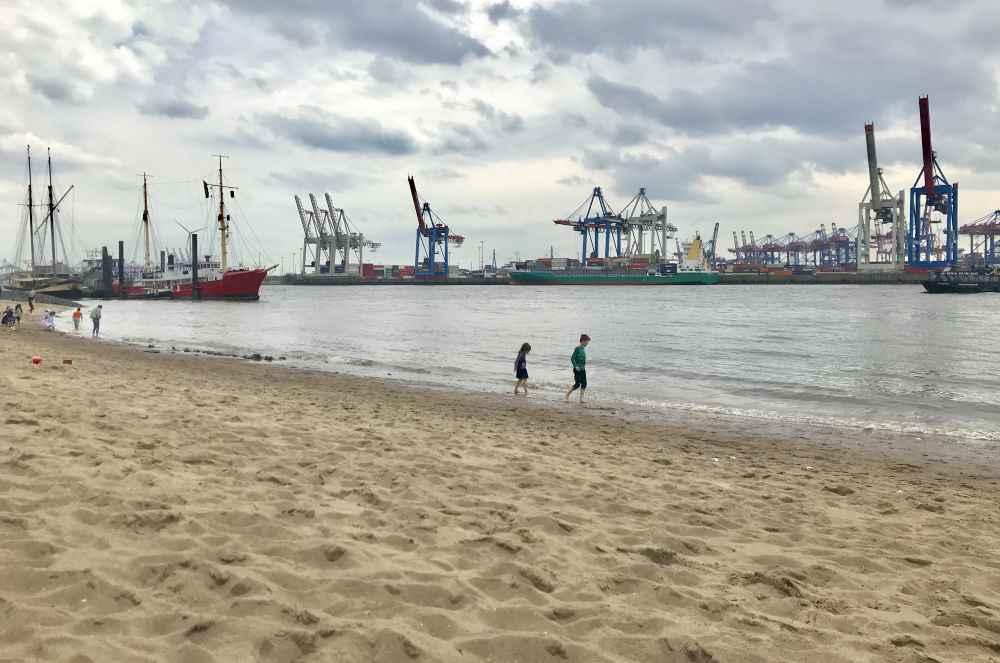 Der Strand in Hamburg: Beliebt ist der Elbstrand Hamburg bei alt und jung als Ausflugsziel und im Urlaub