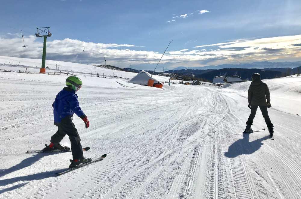 Falkertsee Skigebiet: So fahren wir vom Kinderhotel auf die Skipiste