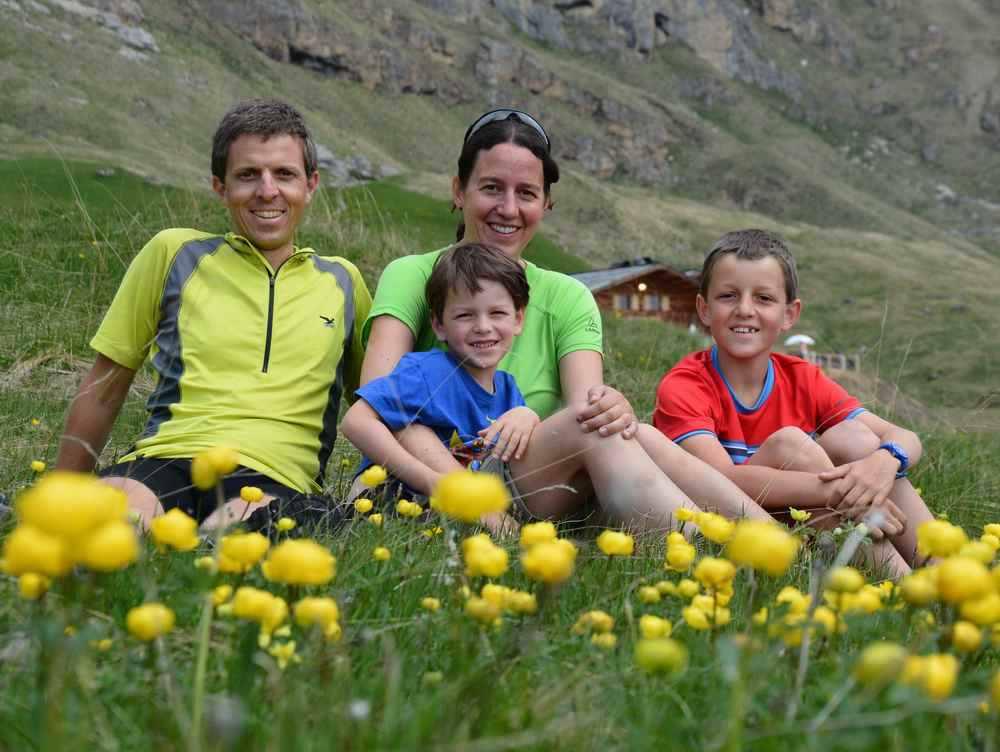 Reisen mit Kindern Blog - das sind wir: Der Reiseblogger, Mama Schmidt und die beiden Buben