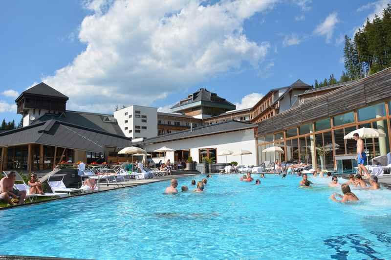 Ein Familienhotel mit Pool am Katschberg