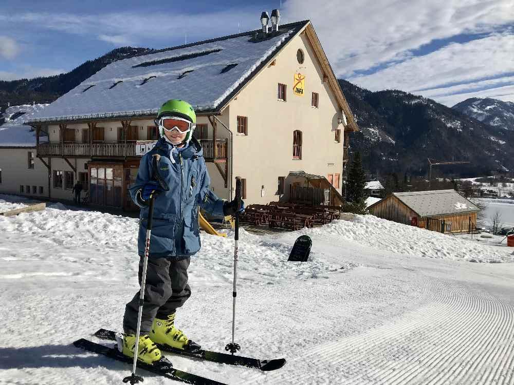 Hier im JUFA Gitschtal stimmt es:  Das Familienhotel ist direkt an der Skipiste