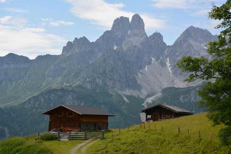 Filzmoos mit Kindern - Die Berge des Dachsteingebirge geniessen