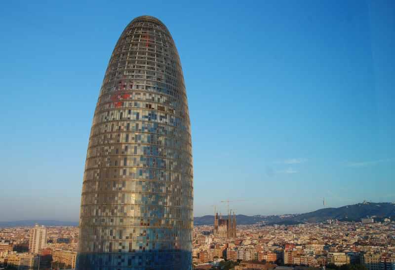 Familienurlaub Katalonien - die Stadt Barcelona am Meer ist der Magnet in Katalonien