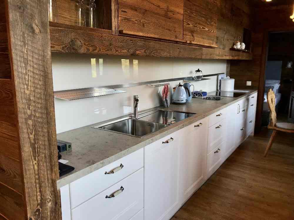 Modern und funktionell - die Küchenzeile in unserer Ferienwohnung in Oberstaufen