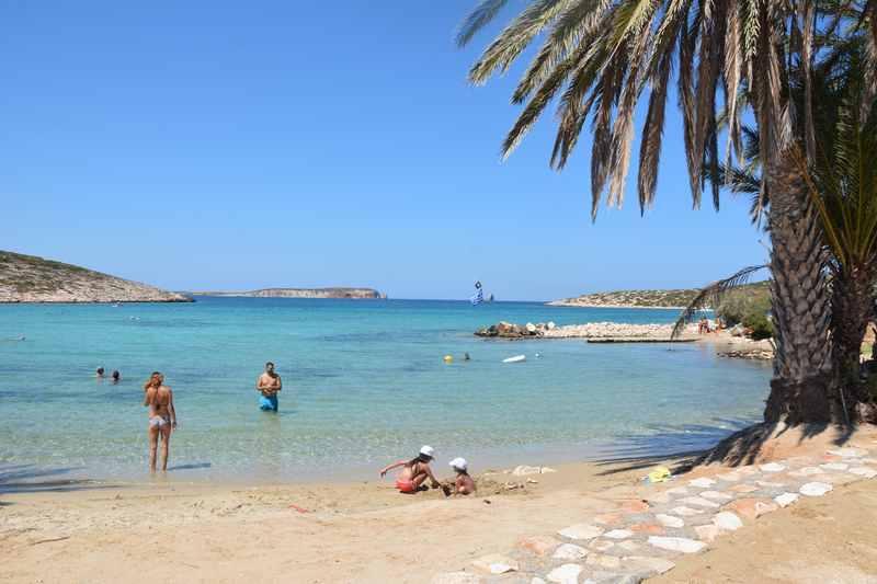 Familienurlaub Paros Griechenland - unter Palmen am Strand