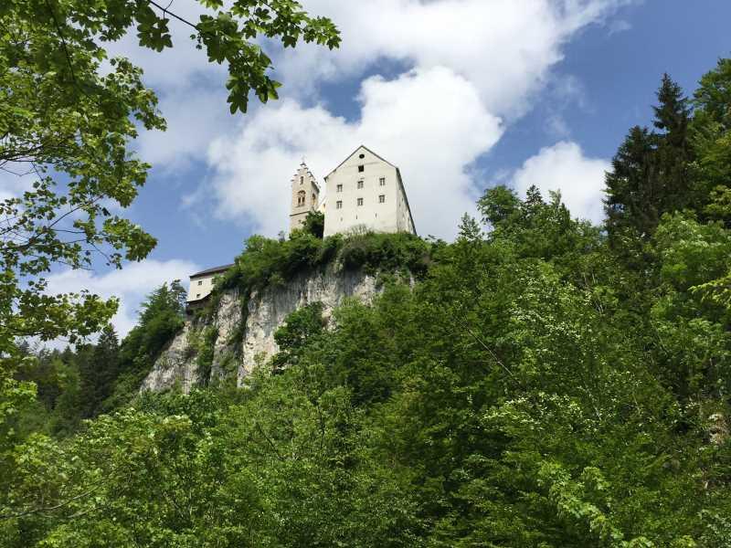 Bekannte Familienwanderung in der Silberregion Karwendel nach St. Georgenberg