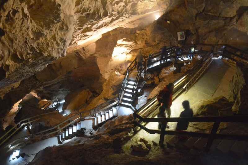 Beim Familienurlaub in Unken Besuch in der Lamprechtshöhle
