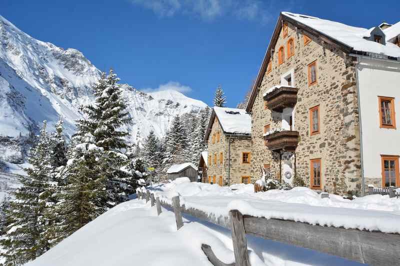 Winterwandern Salzburger Land mit Kindern: Anspruchsvolle, aber schöne Winterwanderung in Kolm Saigurn zum Ammererhof