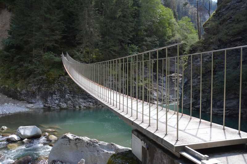 Familienwanderung Schweiz? - hier in Graubünden in einer Klamm