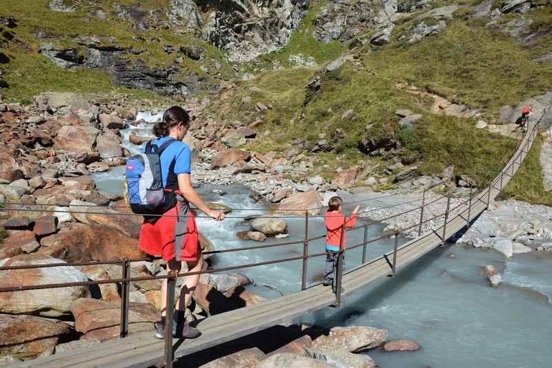Familienwanderung Südtirol: Beim Aglsboden oberhalb von Sterzing wandern mit Kindern