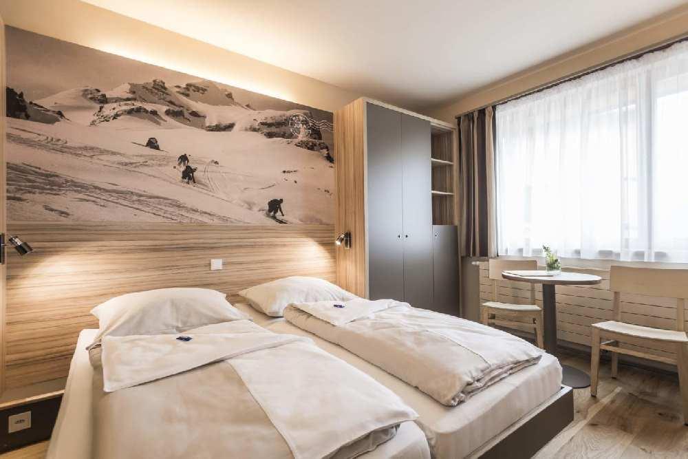 Eines der Familienzimmer im JUFA Familienhotel in Liechtenstein, (c) JUFA Hotels