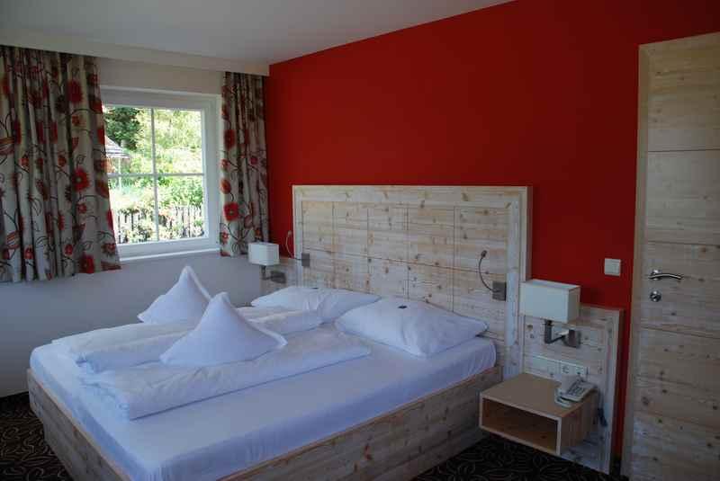 Familienhotel Obereggen mit schönen Familienzimmern im Kinderhotel Maria
