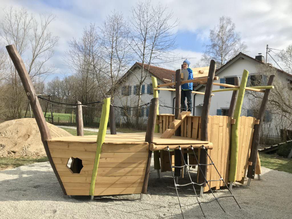 Ferienwohnung mit Kindern am Starnberger See - samt Spielplatz