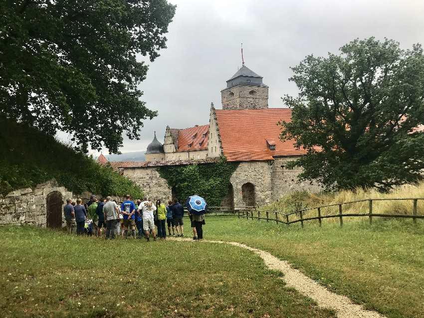 Vom Garten haben wir diesen Blick auf die Festung in Kronach