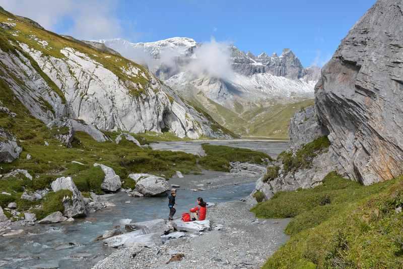 Am Flimser Wasserweg wandern - hier der Segnesboden