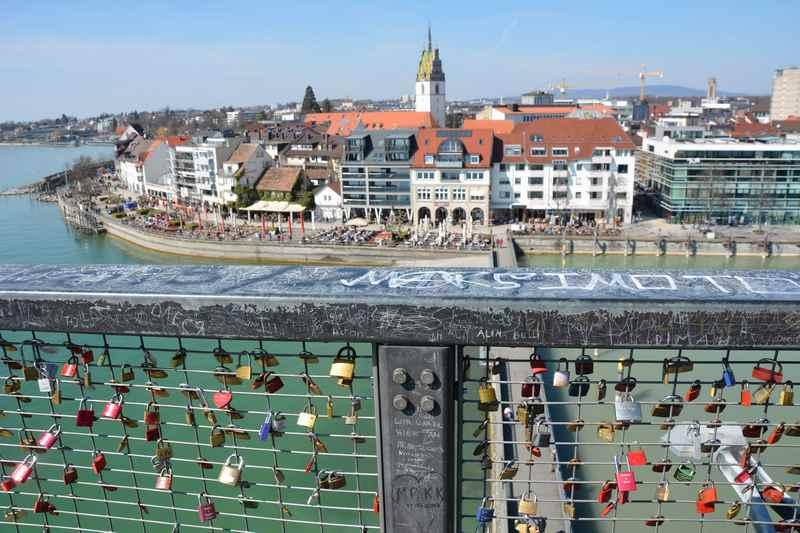 Friedrichshafen mit Kindern: Der Blick von oben auf den Bodensee