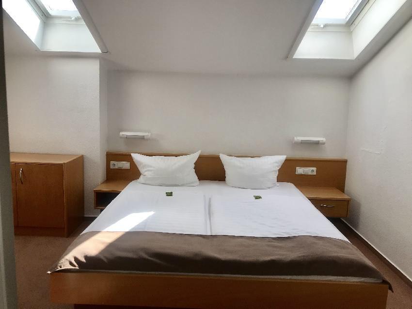 Angenehm: Getrennte Schlafzimmer für Eltern und Kinder