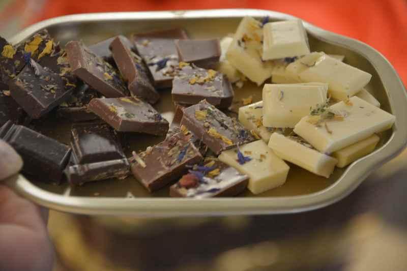 Chocolaterie Amelie Garmisch Partenkirchen: Die Gapalade - eine Schokolade mit Alpenkräutern, erfunden vom Chocolatier in Garmisch Partenkirchen