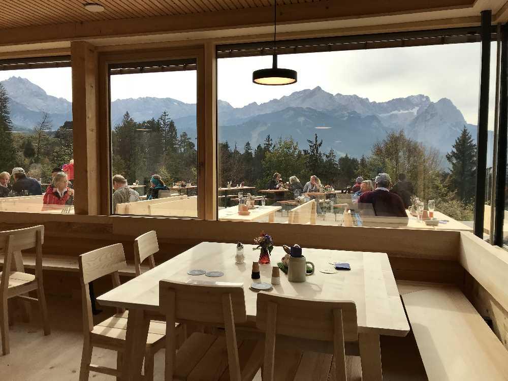 Ganzjährig möglich - die Kinderwagen Wanderung in Garmisch Partenkirchen zur Tannenhütte