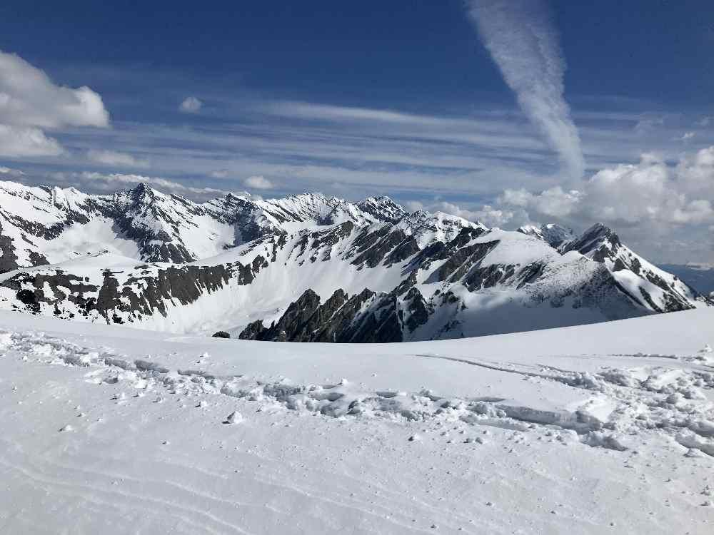 Am Hafelekar ins Karwendel schauen und die Berge bestaunen