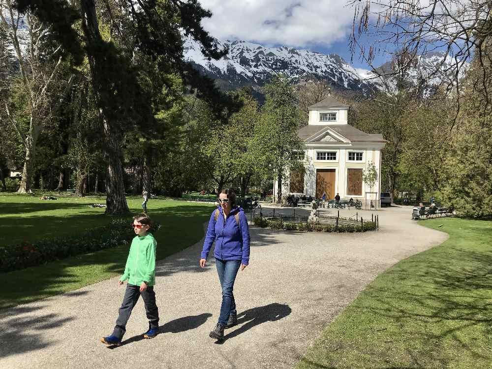 Hofgarten Innsbruck mit Kindern - kleine Wanderung zum Hofgarten Spielplatz