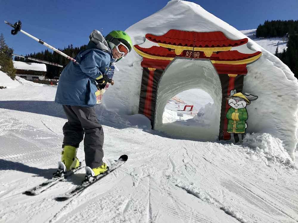 Skigebiet Planai: Im Hopsiland fahren wir hinein in die Chinesische Mauer