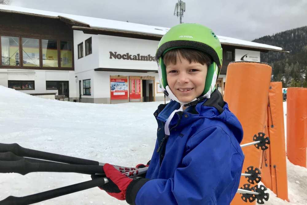 Bad Kleinkirchheim Skigebiet: Ab auf die Skipiste - hinein in die Gondel der Nockalmbahn