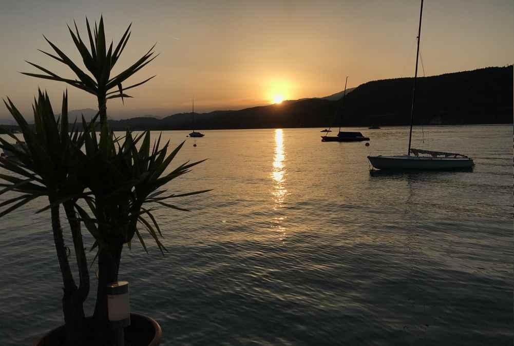 Reisen mit Kindern Blog - Ein Sonnenuntergang wie am Meer: Kärnten mit Kindern