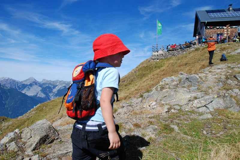 Wandern Tuxer Alpen: Die Kellerjochhütte ist erreicht