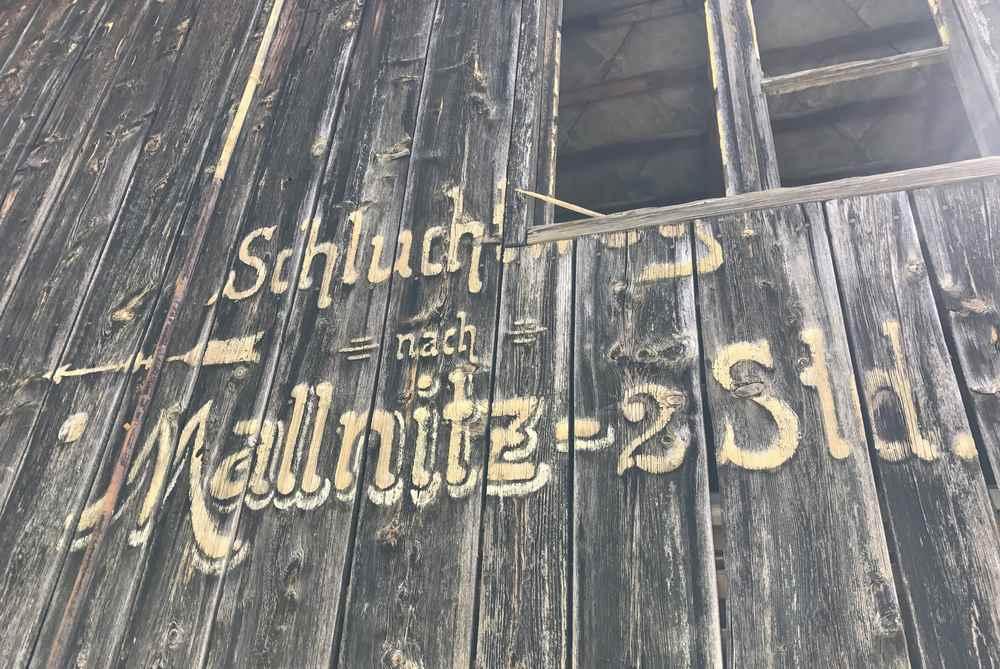 Von hier sind es zwei Stunden Wanderung durch die beiden Klammen bis nach Mallnitz