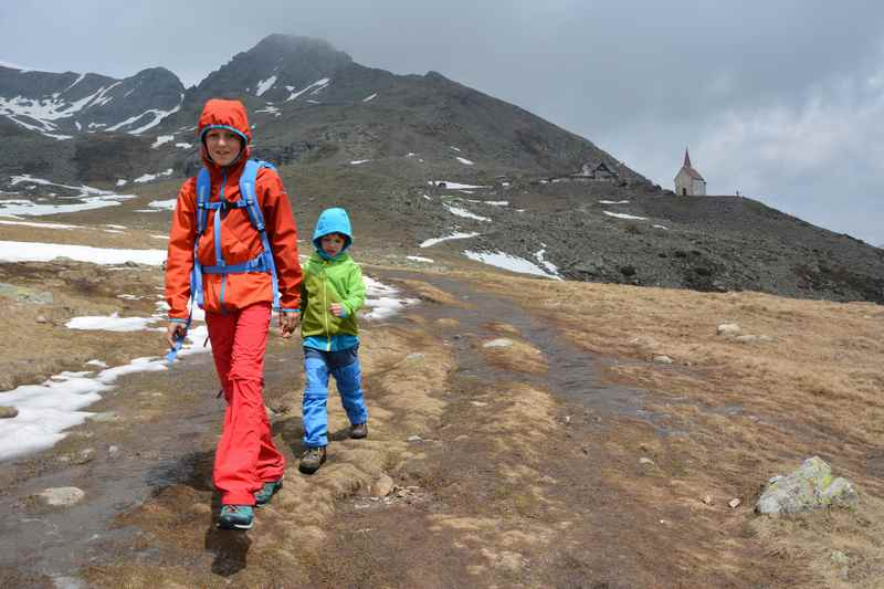 Kurzweilige Familienwanderung auf der Latzfonser Alm in Südtirol